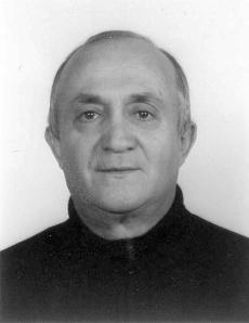RAUL BECCHI A cinque anni dalla scomparsa lo ricordano con immenso affetto gli amici Paolo e Nando Paterlini.