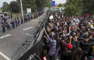 ungheria-confine-serbia-muro-profughi