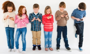 Children using smartphones