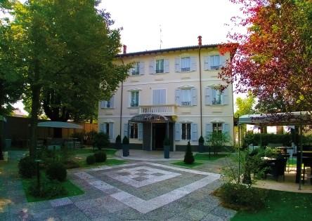 Villa Petra RGB