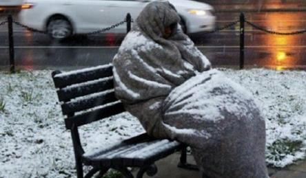 senzatetto-cop
